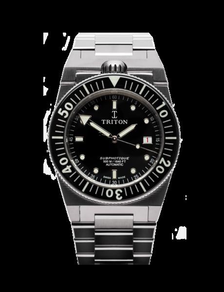 bracelet-acier-fond-noir-min-1-785x1024.png