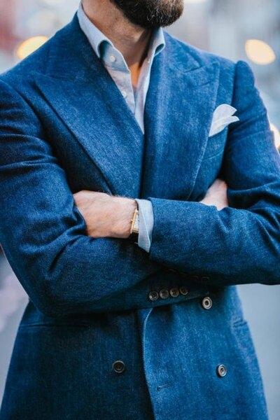 Cifonelli-bespoke-denim-double-breasted-jacket-513x770.jpg