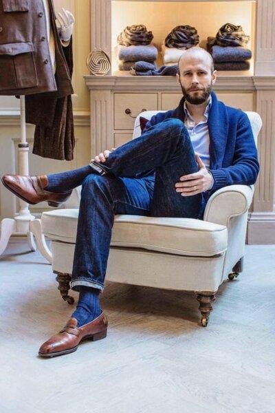 how-to-dress-advertising-513x770.jpg