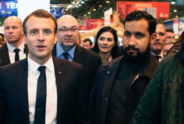 Macron2.png
