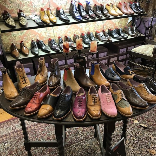 Manfred's shoe lounge - shoes 2.jpg