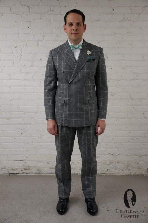 mytailor.com-suit-fit-Frontview-563x845.jpg