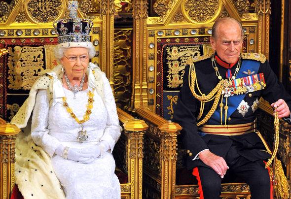 Queen 5.jpg