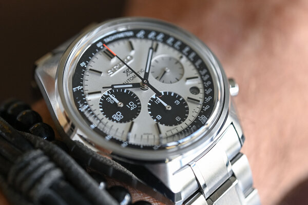Seiko-Prospex-Automatic-Chronograph-50th-Anniversary-Limited-Edition-SRQ029-3 (1).jpg