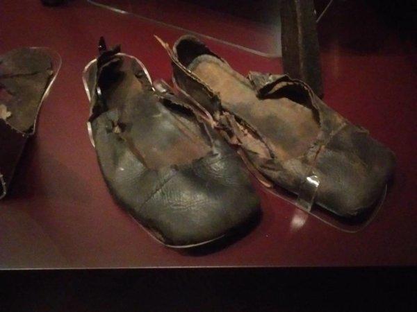 Shoes 1540.jpg