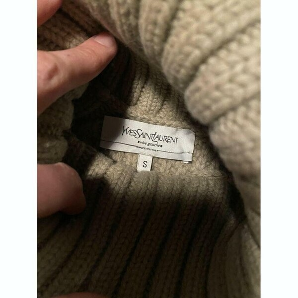 YVES SAINT LAURENT wool turtleneck 2.jpg