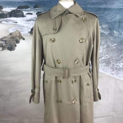 Burberry trench coat 1.jpg