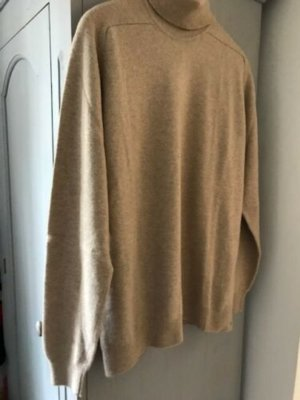 Pringle cashmere turtleneck new 1.jpg