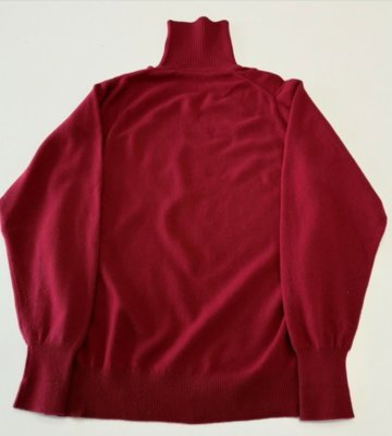 Ballantyne Bordeaux turtleneck 3 ply 2.jpg