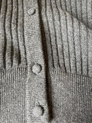 Ballantyne thick cashmere women's cardigan 2.jpg