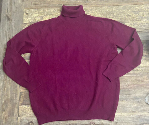Pringle wine turtleneck - 1960's.jpg