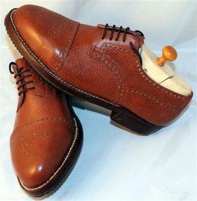 Kiss shoe 4.jpg