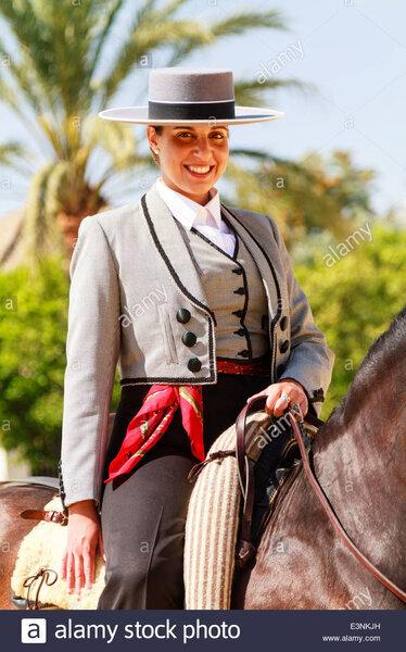 Cordobes spanish hat 2.jpg